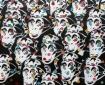 kleine apen met stippen, 67 x 53 cm, spuit- en olieverf op linnen, 2013